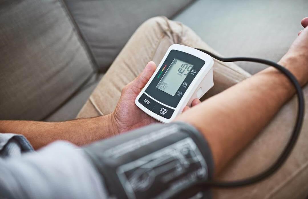 magas vérnyomás orrdugulás 3 hét alatt felépül a magas vérnyomásból