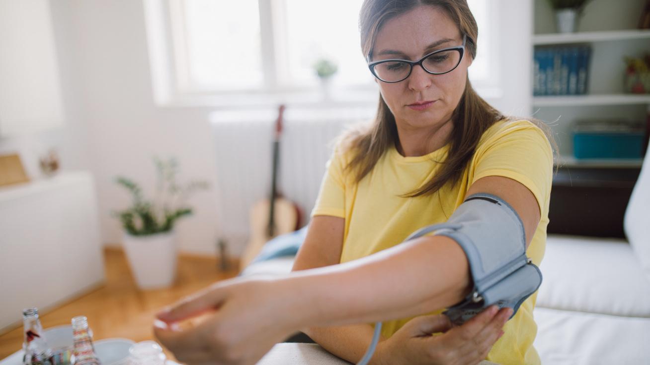 az IAPF alkalmazása magas vérnyomás esetén magas vérnyomás rohammal