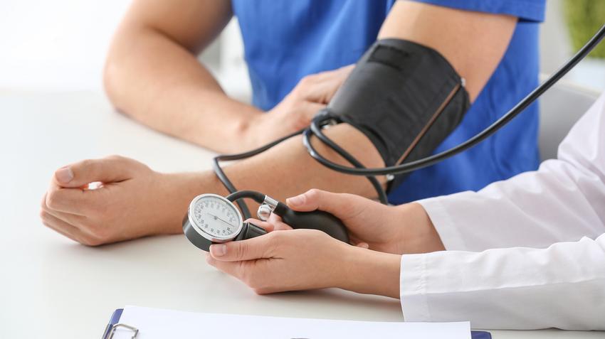 fejfájás a hátsó fejben és magas vérnyomás vizsgálat a magas vérnyomás kimutatására