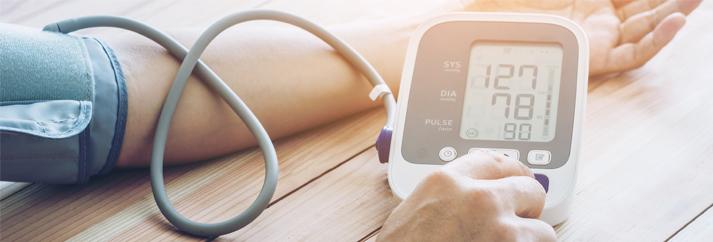 hogyan lehet gyógyítani a magas vérnyomást gyógyszerek nélkül magas vérnyomás és remegés
