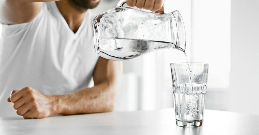 magas vérnyomás esetén mennyi vizet lehet inni naponta klinika magas vérnyomásért idősekben