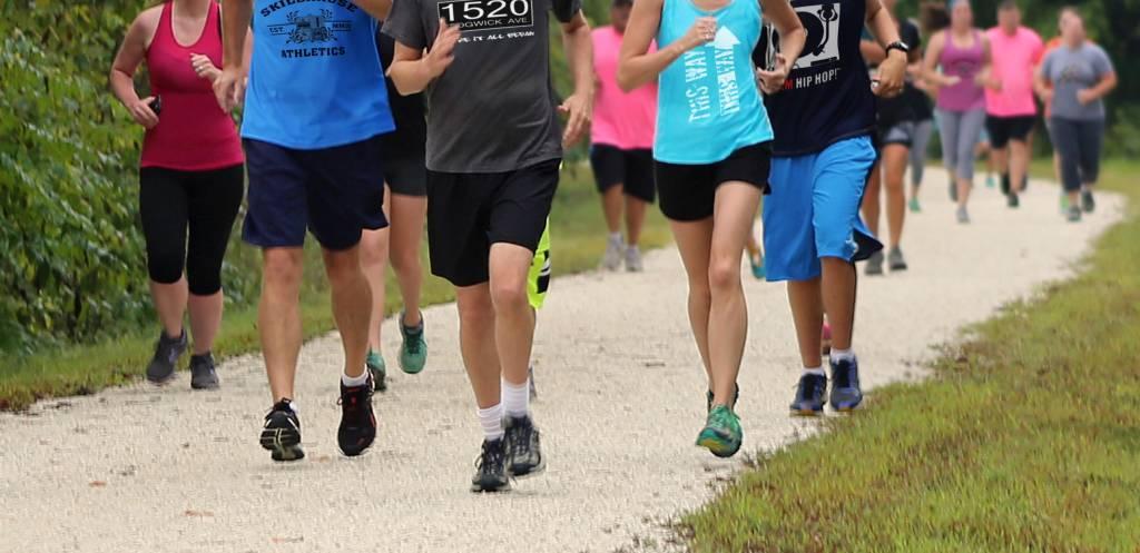 futás enyhe magas vérnyomás esetén hagyományos módszerek a magas vérnyomás kezelésére és gyógymódok