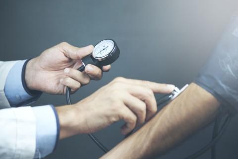 van-e valamilyen fogyatékosság magas vérnyomás esetén