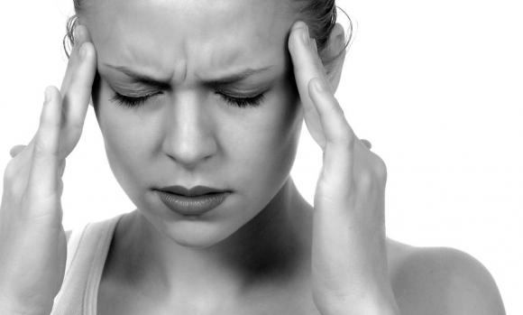 fejfájás és hányinger magas vérnyomással