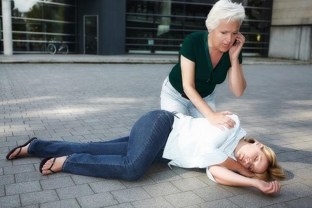 magas vérnyomású orrfolyásból a Lyapko applikátor használata magas vérnyomás esetén