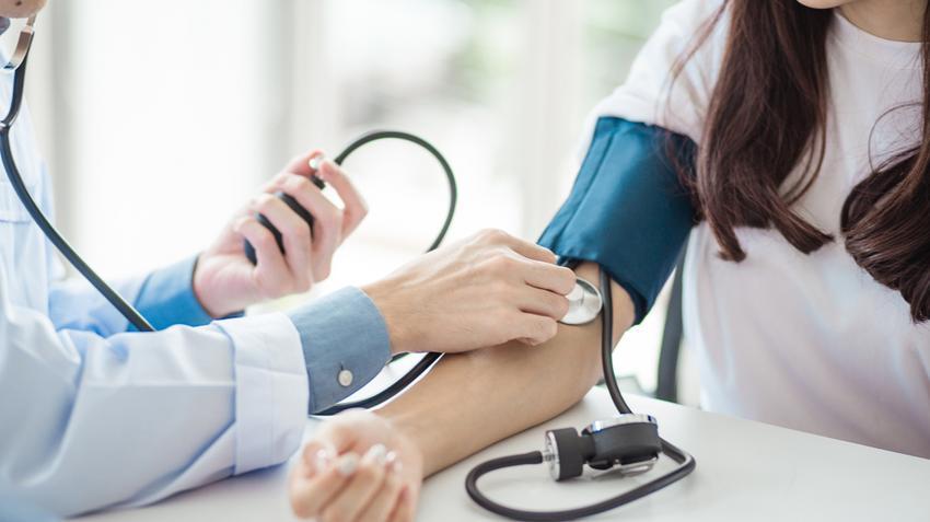 beszélgetés a magas vérnyomásról