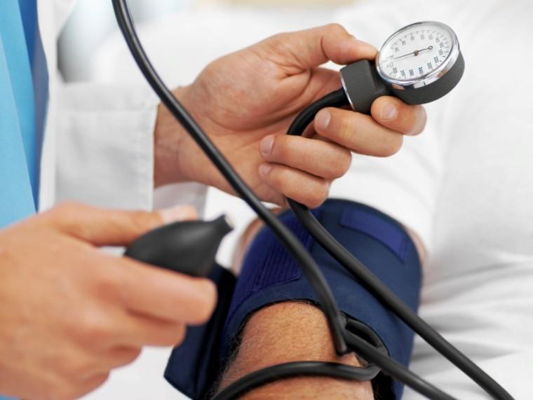magas vérnyomás és kockázatok magas vérnyomás vizeletvizsgálata